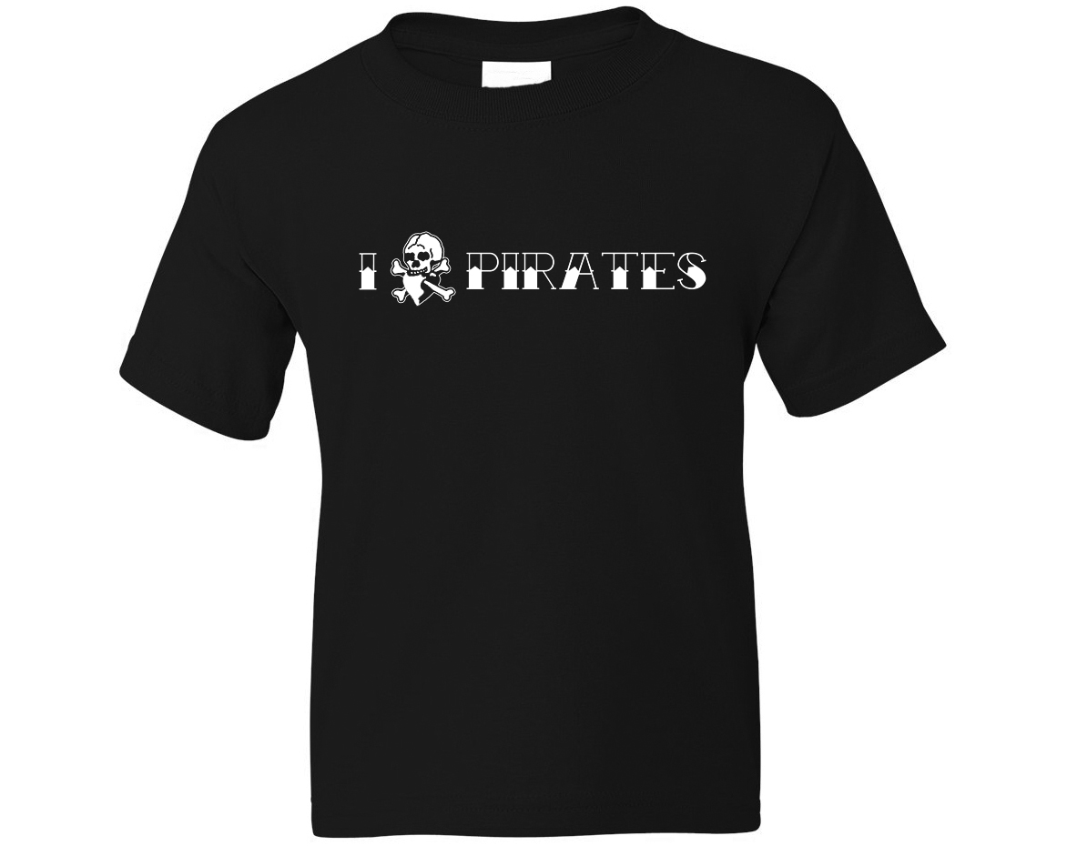 I Heart & Skull Pirates T-Shirt