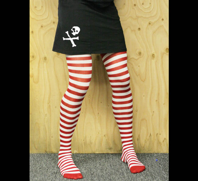 Womens pirate. Skirt