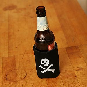 (koozie) pirate. - 6 Pack