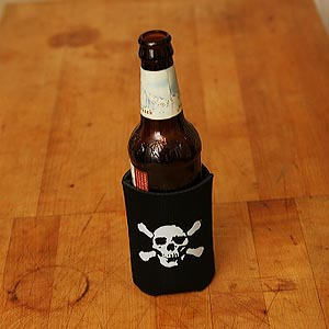 (koozie) poison pirate - 6 Pack