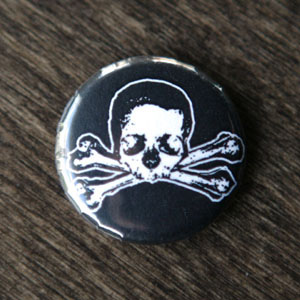 Pirate Button - Skull & Bone
