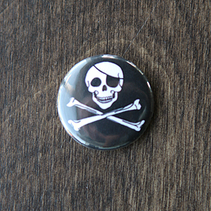 Pirate Button - Original Jolly Roger